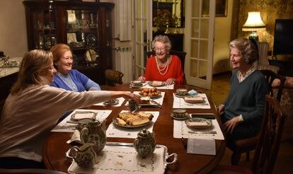 De izquierda a derecha: Annie Roda, Alicia Arias, Sheila Stuart y Sarah Hambleton, miembros de la 'British Ladies Association'