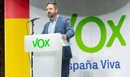El presidente de Vox, Santiago Abascal, durante una intervención de partido en Madrid el pasado 25 de febrero.