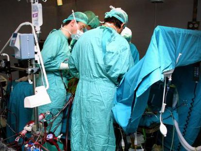 Operación de trasplante de corazón en el hospital Juan Canalejo de A Coruña.