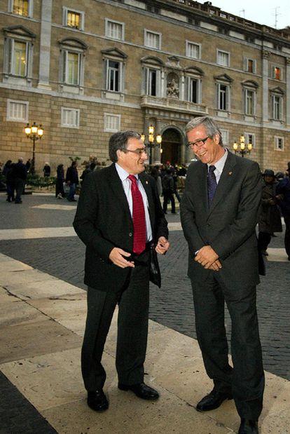 De izquierda a derecha, los alcaldes de Lleida, Àngel Ros, y Tarragona, Josep Fèlix Ballesteros.