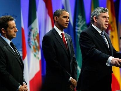 El entonces primer ministro británico, Gordon Brown, junto a Barack Obama (EEUU) y Nicolas Sarkozy (Francia) durante una reunión del G20 en septiembre de 2019.
