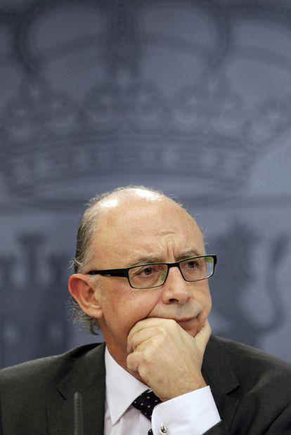Cristóbal Montoro, ministro de Hacienda, tras el Consejo de Ministros del pasado 30 de diciembre.