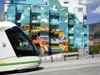 El tranvía de Ayacucho (Medellín) fue inaguruado en marzo de 2016.