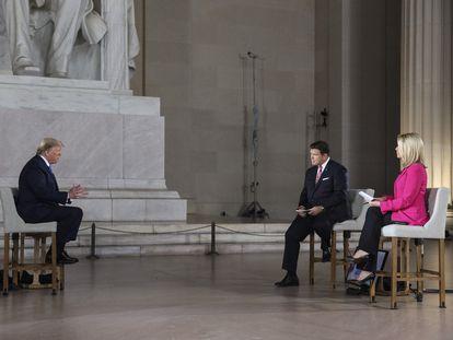 Donald Trump, en una entrevista en Fox News en el memorial Lincoln, este lunes.