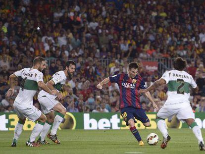 Messi marca ante el Elche.