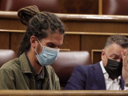 Alberto Rodríguez y su compañero Juan Antonio Delgado, el pasado jueves en el Congreso.
