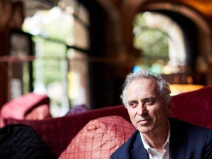 El escritor Ildefonso Falcones durante la presentación de su nueva novela,