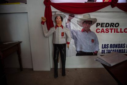Political propaganda in Tacabamba, the city closest to the town of Castillo, where he will vote this Sunday.