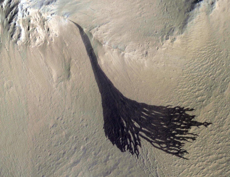 Imagen de las dunas de Marte tomadas por la sonda de la NASA MRO