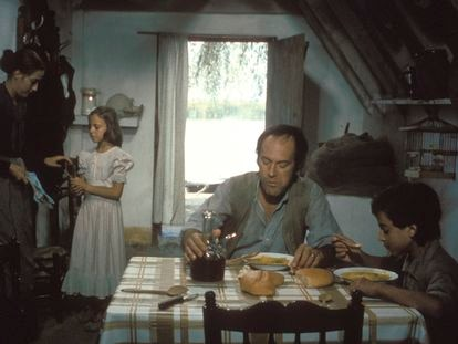 Una imagen de la serie de TVE 'Cañas y barro'.