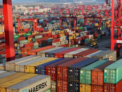 Los aranceles anunciados por el gigante americano y el asiático tienen poco peso en el volumen total de intercambios, pero atacan donde hacen más daño comercial o político