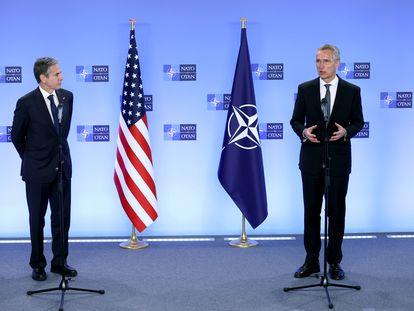 El secretario de Estado de EE UU, Antony Blinken, y el secretario general de la OTAN, Jens Stoltenberg, este miércoles en Bruselas.