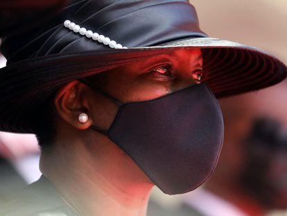 La viuda de Jovenel Moïse, Martine, regresó de Miami, donde se recuperaba de las heridas de bala, para participar este viernes en el funeral de su esposo.