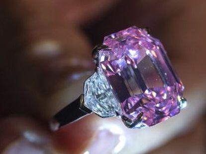 El comprador, la joyería estadounidense Harry Winston, rebautizó la pieza como  Winston Pink Legacy
