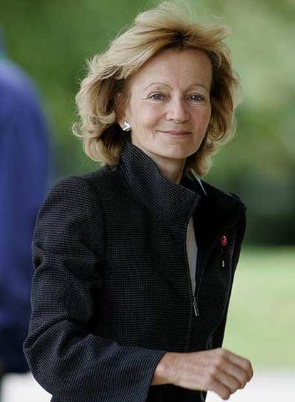 Elena Salgado, ministra de Sanidad.