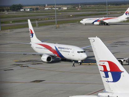 Tres aviones de Malaysia Airlines en Kuala Lumpur
