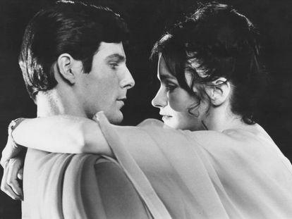 Christopher Reeve  y Margot Kidder, en una escena de 'Superman' en 1978.