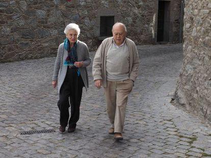 Marta Ferrusola y Jordi Pujol este jueves en Queralbs (Girona).