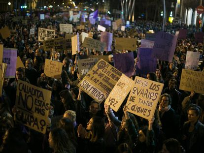 Manifestació feminista este viernes en Barcelona.