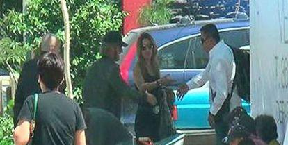 Del Castillo sirvió como traductora al español en el encuentro entre Sean Penn y El Chapo. En la imagen, ambos actores a su llegada a Guadalajara para encontrarse con el capo en Nayarit.