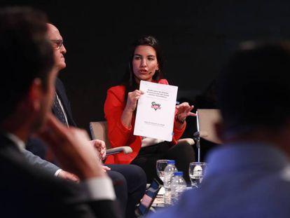 Rocío Monasterio, candidata de Vox a la Comunidad de Madrid, durante el debate en el Colegio de Arquitectos de Madrid, organizado este lunes EL PAÍS y la Cadena Ser.