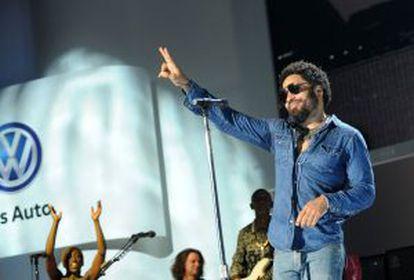 Lenny Kravitz fue la estrella invitada del acto de Volkswagwen de este lunes.