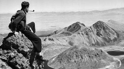 Autorretrato tomado en el Nevado de Toluca hacia 1940