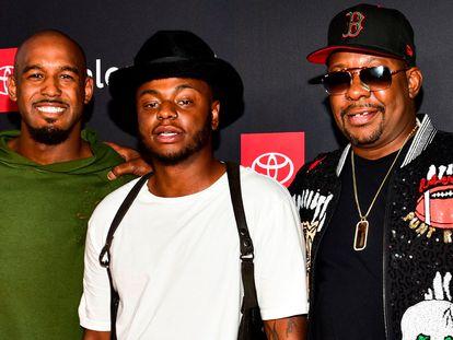Desde la izquierda, Landon Brown, Bobby Brown Jr., y Bobby Brown en Hollywood, California en 2018.