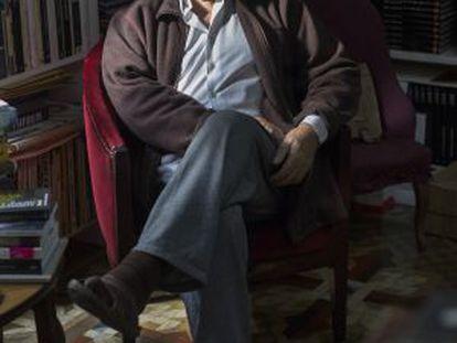 El escritor Juan Marsé, el pasado enero en su casa de Barcelona tras la publicación de 'Noticias felices en aviones de papel'.