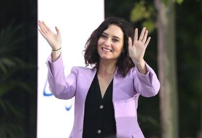 La candidata del PP, Isabel Díaz Ayuso, en un acto electoral el día 30 de abril en Móstoles (Madrid).