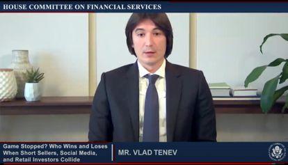 Vlad Tenev, consejero delegado de Robinhood, durante su intervención ante el Congreso de EE UU.