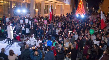 Miriam Sciberras interviene en una marcha antiabortista en Malta, el pasado diciembre.