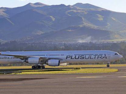 Uno de los aviones A340 de Plus Ultra.