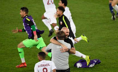Félix Sánchez celebra la victoria en la Copa de Asia de Qatar.