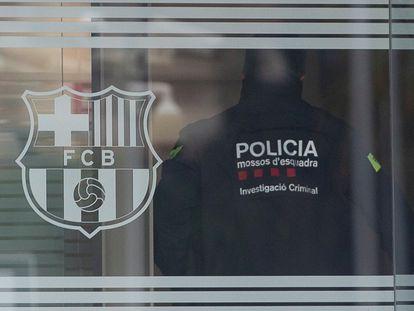 Registro en las oficinas del Barça.