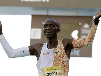 Cheptegei, este domingo tras batir el récord del mundo de 10 kilómetros.