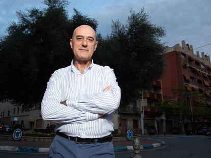 Juan Carlos García Calvo, superviviente de un cáncer de páncreas, en Alicante.