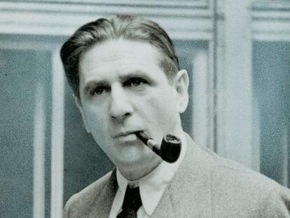 El escritor Hermann Broch, fotografiado alrededor de 1935.