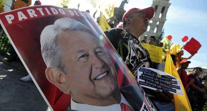 Un seguidor de López Obrador, en Saltillo.