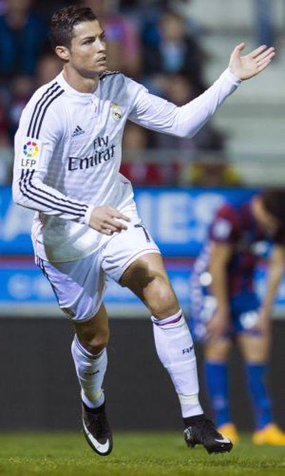 Cristiano celebra un gol ante el Eibar