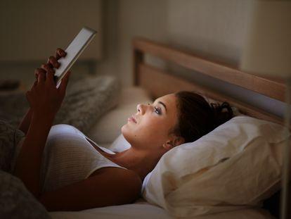 Con estos modelos leer en la cama, o en lugares con poca luz, ya no será un problema.