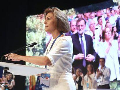 La secretaria general saliente reivindica un legado de Rajoy ajeno a la corrupción en el partido y de rescate de España al frente del Gobierno