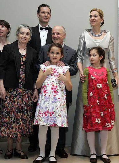 Antonio López, su esposa y su nieta (centro), con los duques de Palma en Boston.
