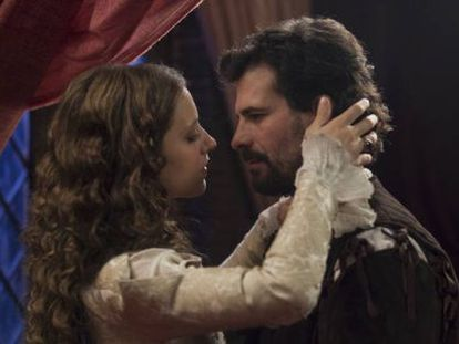 Los actores Michelle Jenner y Rodolfo Sancho.