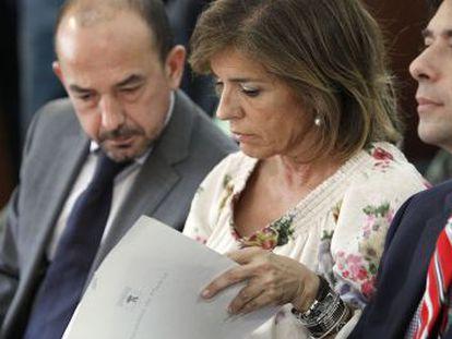 Manglano, Botella y Villanueva, en la presentación de la campaña.