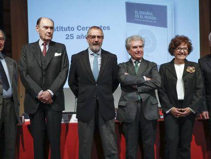 Los directores de los Institutos Cervantes con motivo del 25 aniversario.
