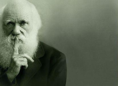 Fotografía retocada de Charles Darwin tomada de los carteles y de la <i>web</i> de la gran exposición dedicada al naturalista celebrada hasta el 19 de abril en el Museo de Historia Natural de Londres.