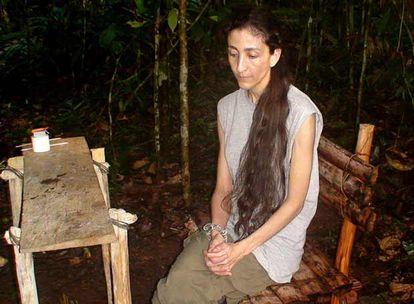 Ingrid Betancourt, en una fotografía difundida ayer por el Gobierno colombiano.