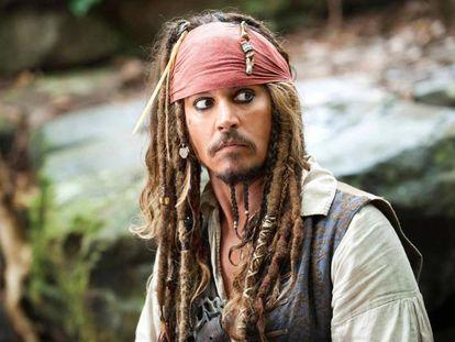 Johnny Depp interpreta a Jack Sparrow en 'Piratas del Caribe'.