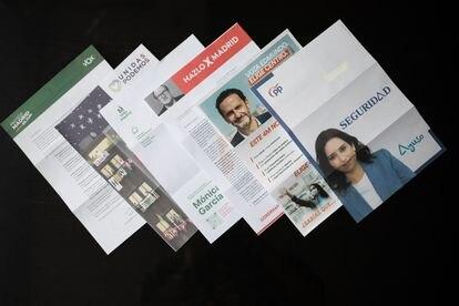 Cartas de propaganda para las elecciones de la Comunidad de Madrid del 4 de mayo.